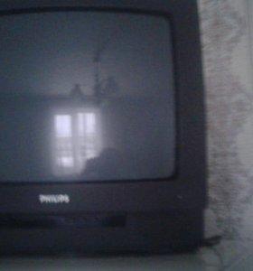 Телевизор филипс.торг имеется.