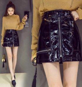 Лаковая юбка , новая