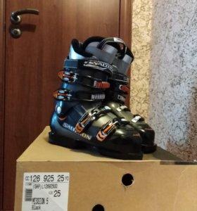 Горнолыжные ботинки Salomon mission 5