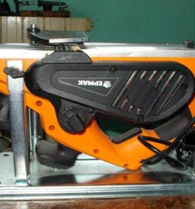 рубанок электрический рб-1300 Ермак