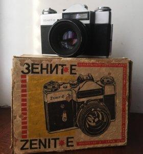 Фотоаппарат зенит - е, сохранилась коробка