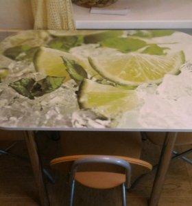 Кухонный гарнитур (стол + 3 стула)