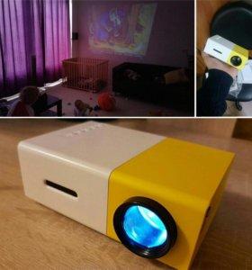 Проектор YG-300 LED мини