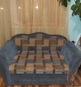 Раздвижная тахта-диван с отделением для белья