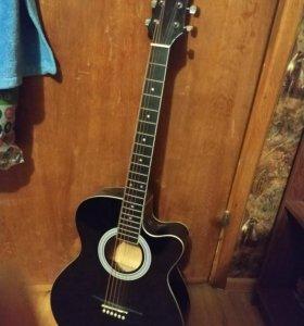 СРОЧНО Акустическая гитара