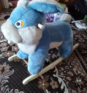 Заяц качалка
