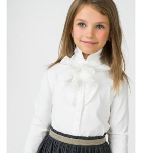 Блузка детская фирмы Accola, новая
