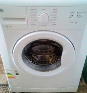 Машинка стиральная ВЕКО почти новая