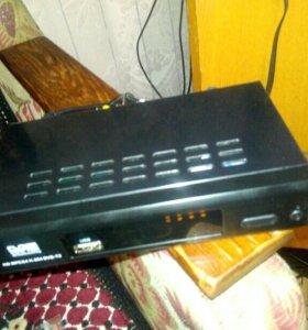 Приставка цифрового ТВ DTV2