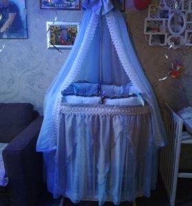 Комплект в кроватку для новорождённого