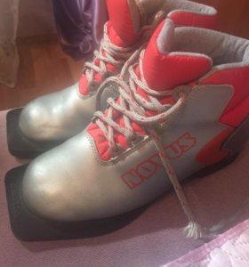 Ботинки лыжные детский , 35 размер