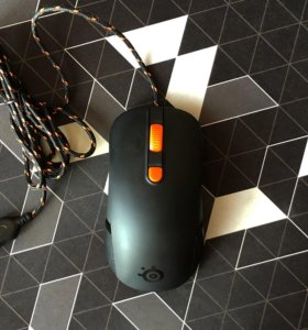 Игровая мышка SteelSeries Kana v1.0