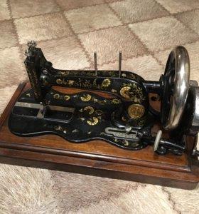 Швейная машинка SINGER в замечательном состоянии!
