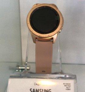 Умные часы Samsung Galaxy Watch (розовое золото)