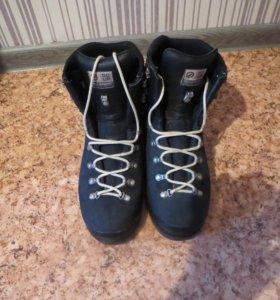 ботинки для горного туризма