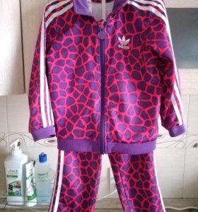 Спортивный костюм Adidas на девочку