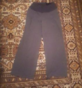 Продаю брюки для беременных