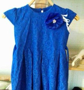Платье на девочку 5- 6лет