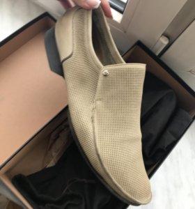 Летние бежевые туфли с перфорацией Aldo Brue italy