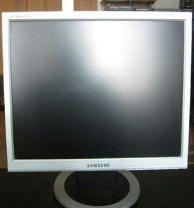 Samsung syncmaster 710 n