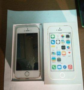 Iphone 5s почти новый