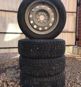 Зимняя резина липучка Dunlop на штампах R-14