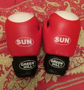 Боксёрские перчатки GREEN HILL SUN 10.oz