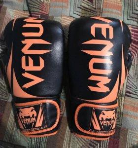 Перчатки(Venom)