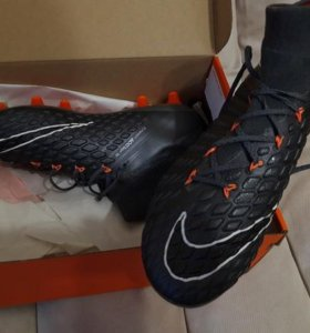 Бутсы Nike Hypervenom Phantom III Elite Dynamic.