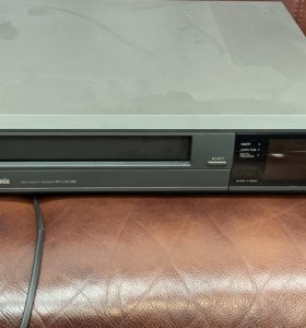 Видеомагнитофон Раритет для любителей VHS.