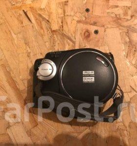 Видеокамера Samsung VP-DC175Wi