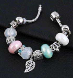 Новый серебряный браслет с шармами