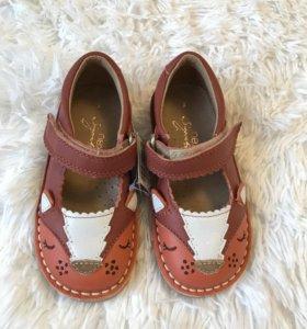 Туфли для девочки Next