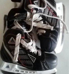 Коньки ботинки