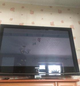 Телевизор ЖК+Тумба