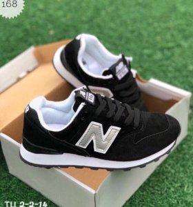 Новые кроссовки замша