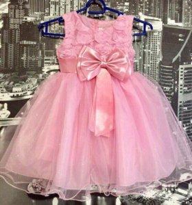 Праздничное платье рост 105 -110.