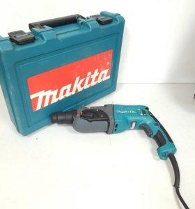 Makita HR 2470 перфоратор в кейсе