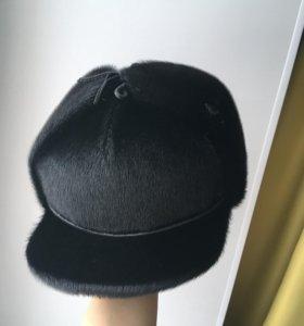 Мужская меховая кепка