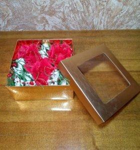 Букет из конфет в коробочке