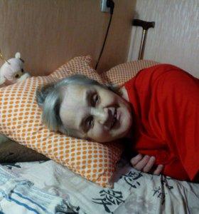 Уход   за больными и престарелыми людьми.