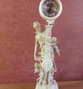 Статуэтка- часы