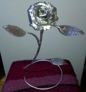 Цветы из металла