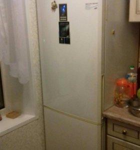 В  РЕЗЕРВЕ!!! Samsung no frost холодильник