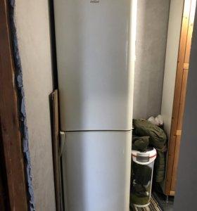 Двухкамерный холодильник Indesit C 240 G