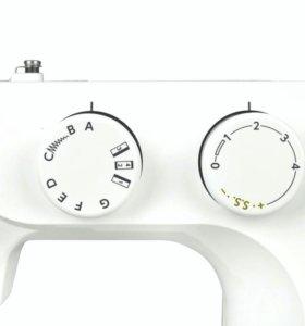 Электромеханическая швейная машинка