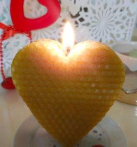 Фигурные свечи из натуральной вощины
