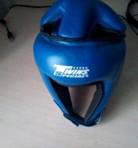 Шлем для единоборств