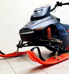 В наличии Снегоход SF150L orange, с чёрным носом