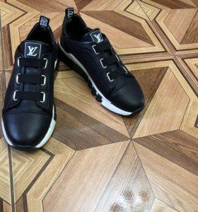Обувь LV
